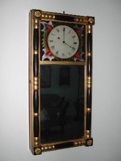 New Hampshire Mirror made by Benjamin Morrill of Boscawen