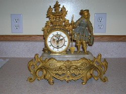 Mourey French Gilted, clock