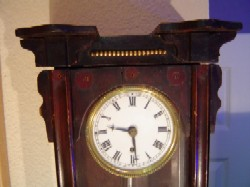 Vienna miniature clock, Upper case.