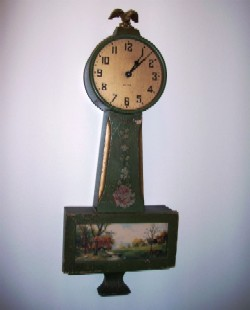 Petite Banjo Clock, Full front view.