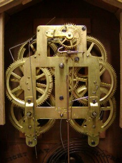 Seth Thomas cottage clock, Movement.